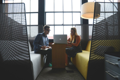 Why Online Business Owners Should Use a Serviced Office Space